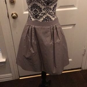 Adorable party skirt.